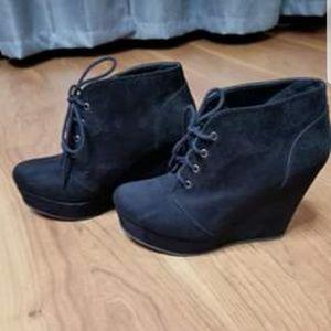 Black suede booties!